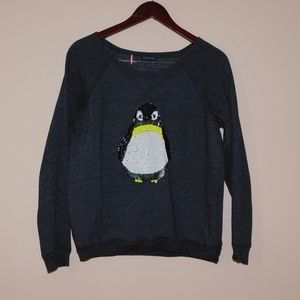 America Eagle Size M Penguin Sweater.